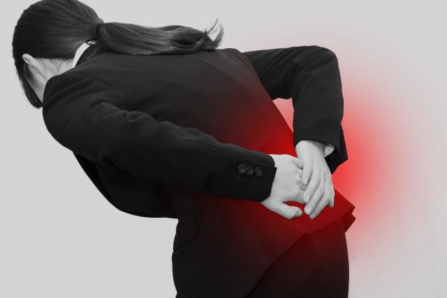 過去の骨折が腰痛のきっかけになる場合もあります