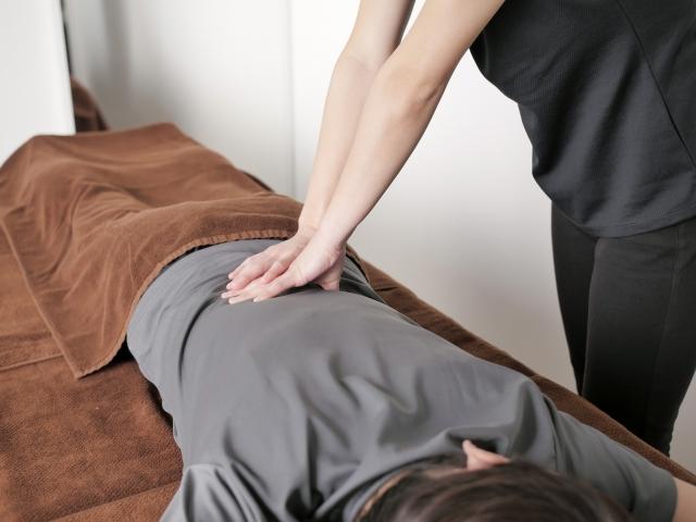 痛みのない優しい施術で症状を改善します