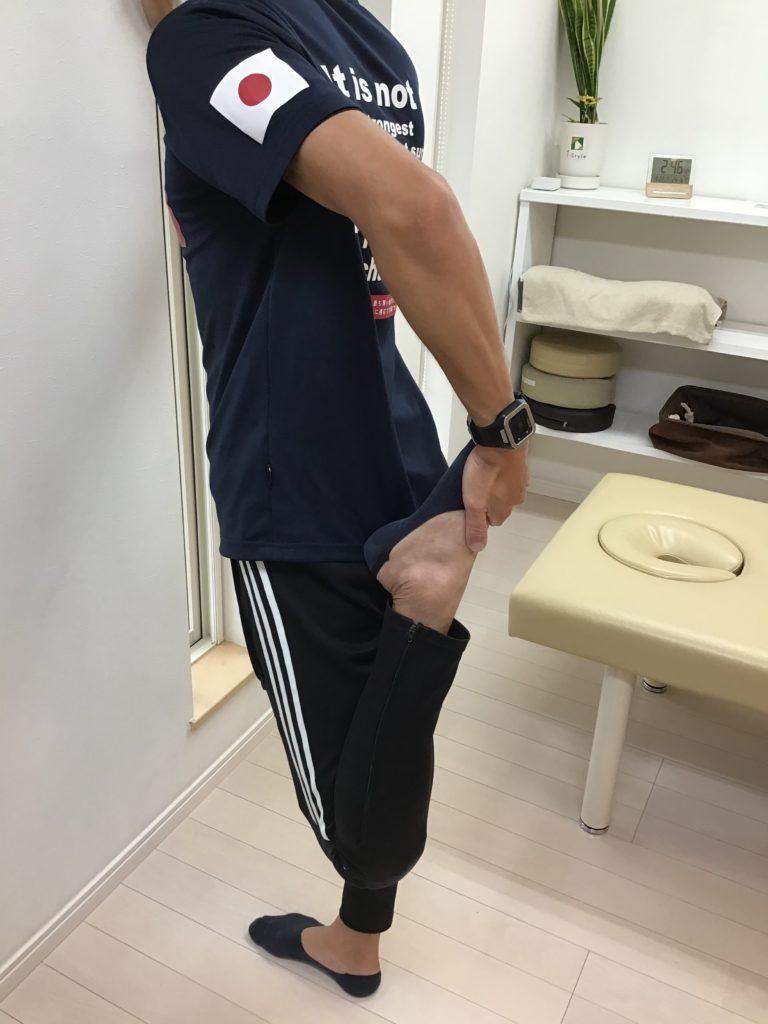 ストレッチ下肢3