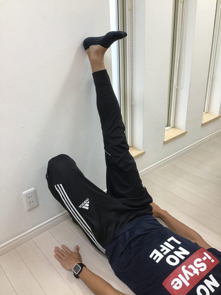 ストレッチ下肢4