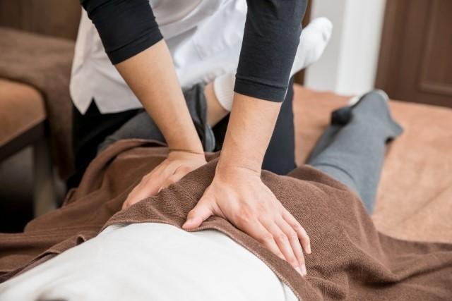 状態に合わせた最適な施術を行い症状を改善します